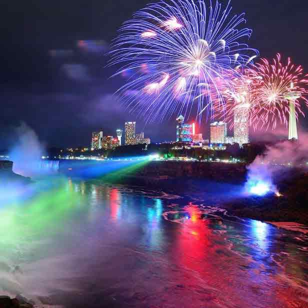 BOXED_Niagara-Falls-At-Night-Photo