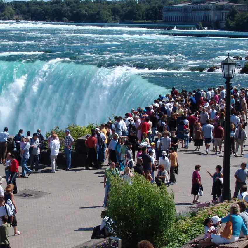 BOXED_niagara-falls-tour-1