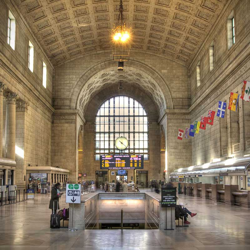 Union_Station_in_Toronto_SQ